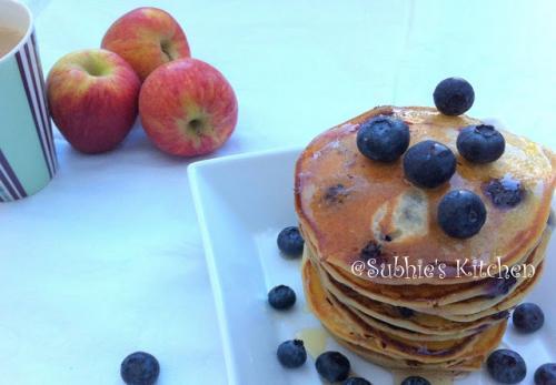 Blueberry Buttermilk Pancakes-(Eggless)